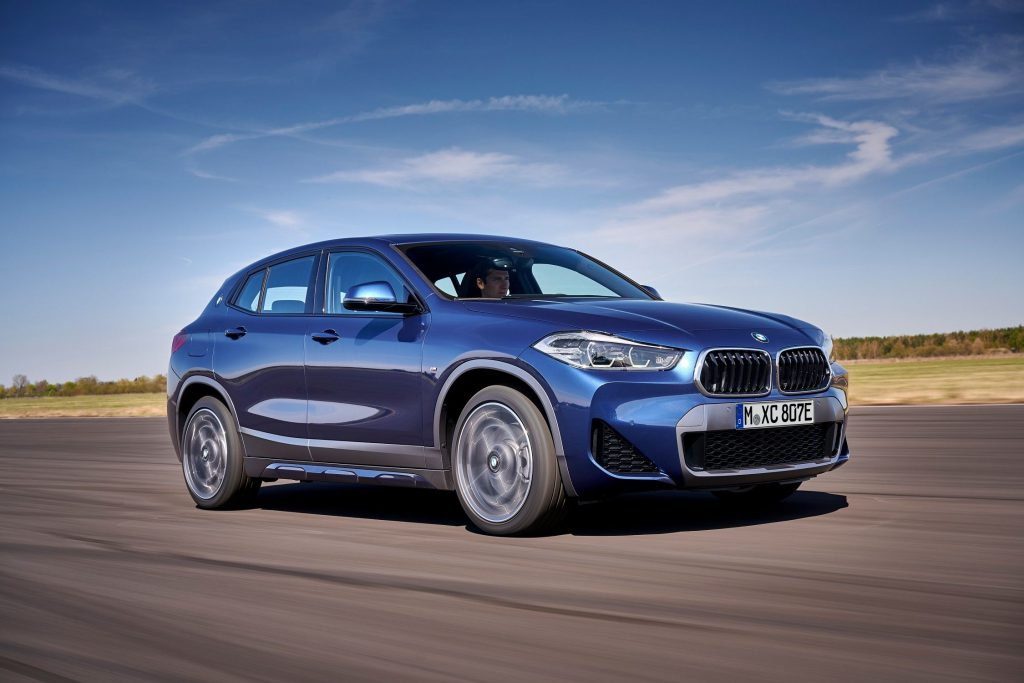 BMW X2 front 3/4 view