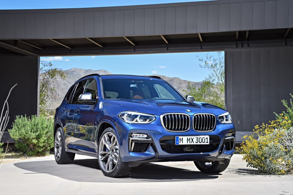 BMW X3 front 3/4 view