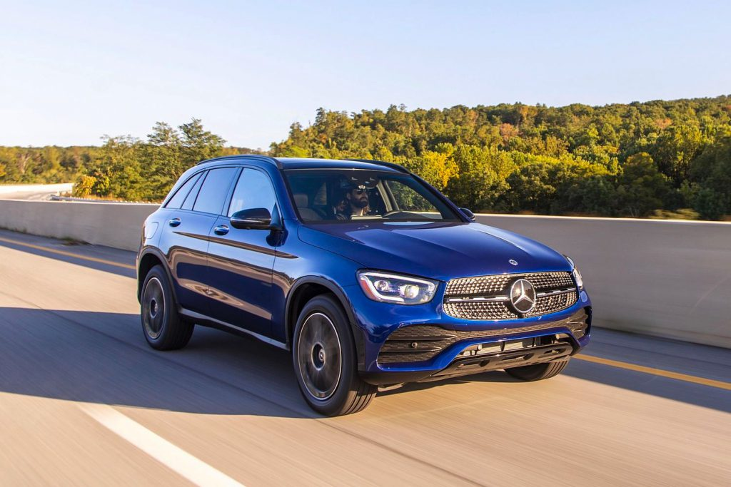 Mercedes GLC front 3/4 view
