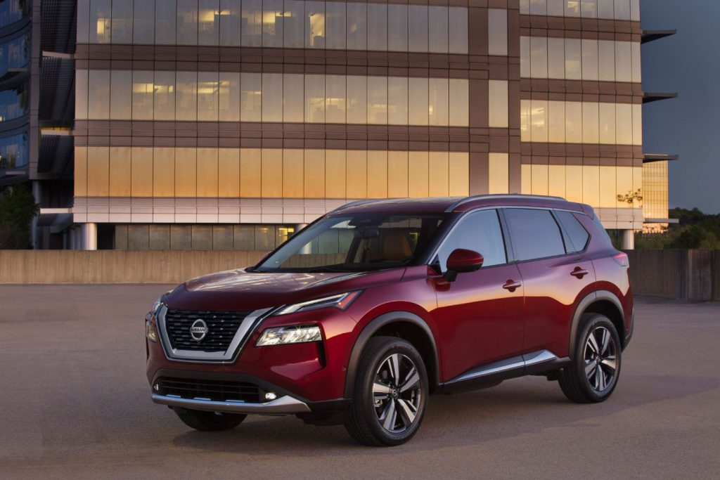 Nissan Rogue 3/4 view
